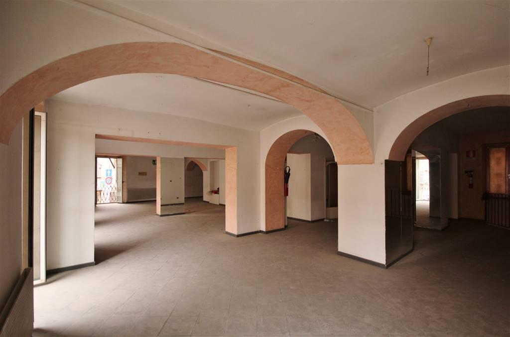 Negozio / Locale in affitto a Mondovì, 3 locali, zona Località: BREO, prezzo € 1.000 | PortaleAgenzieImmobiliari.it