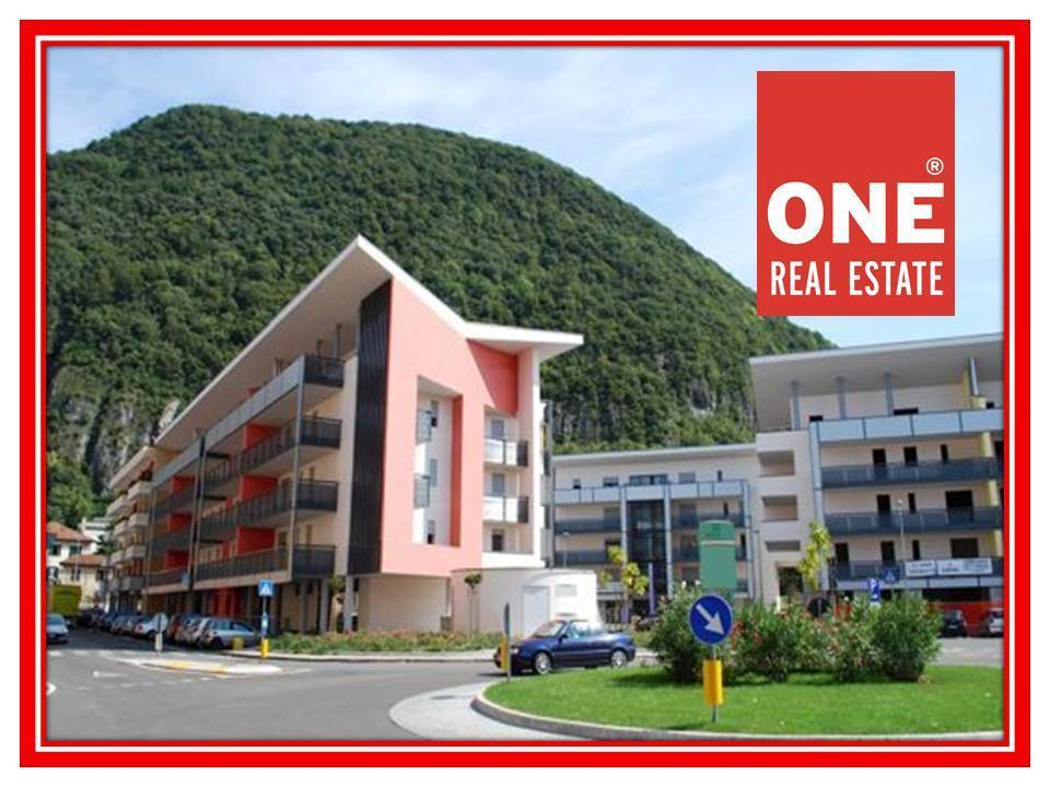 Appartamento in vendita a Laveno-Mombello, 3 locali, prezzo € 252.000 | CambioCasa.it