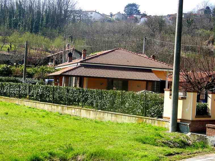 Villa in affitto san salvatore monferrato affitti san for Bungalow con cantina sciopero