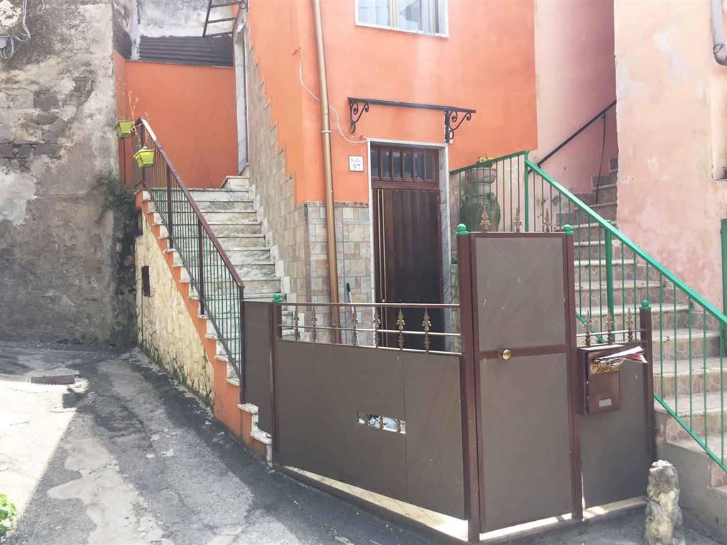 Appartamento in vendita a Fisciano, 2 locali, zona Località: GAIANO, prezzo € 19.000   CambioCasa.it