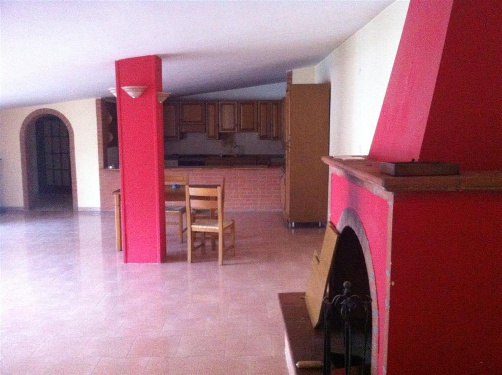 Casa semi indipendente, Marcianise, ristrutturato