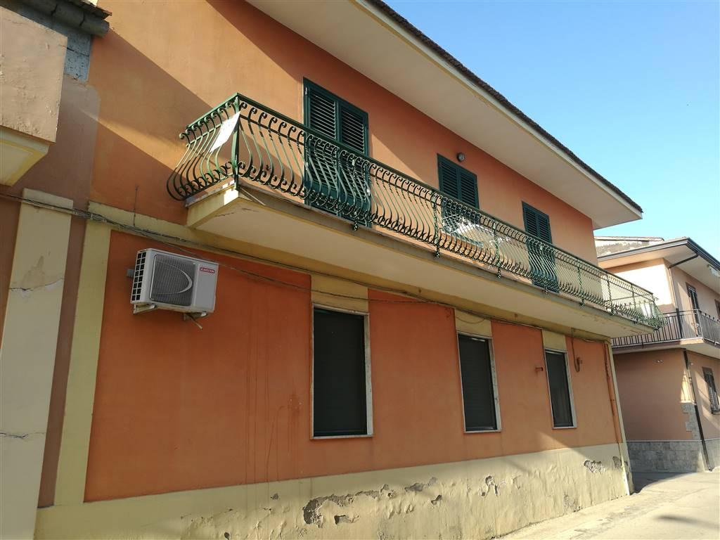 Casa semi indipendente, Marcianise, abitabile