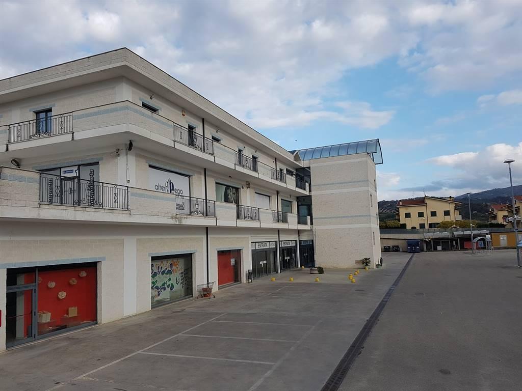 Ufficio / Studio in vendita a Bisignano, 6 locali, Trattative riservate   PortaleAgenzieImmobiliari.it