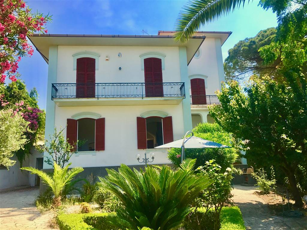 Villa, Santa Marinella, abitabile