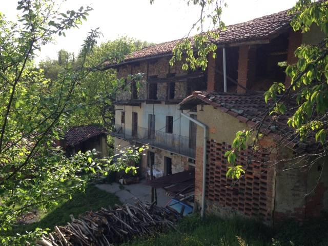 Rustico casale, Chiaverano, da ristrutturare