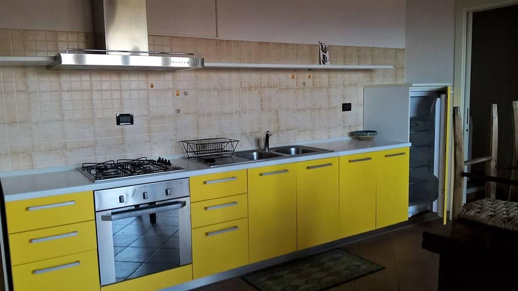 Attico / Mansarda in affitto a Parella, 2 locali, prezzo € 350 | PortaleAgenzieImmobiliari.it