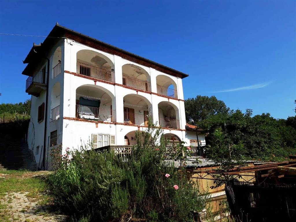 Casa singola in Via Lago San Michele 36, Ivrea