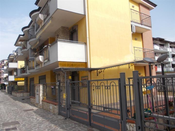 Villa in Via Clanio, Orta Di Atella