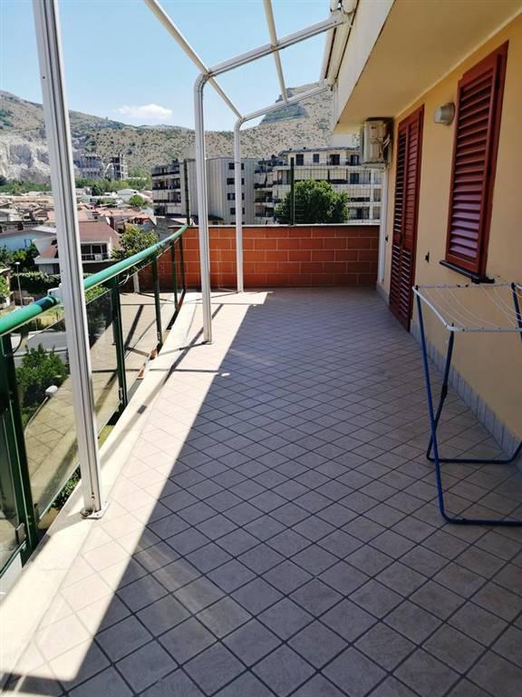Appartamento in affitto a Caserta, 3 locali, zona Zona: Tredici, prezzo € 560 | CambioCasa.it