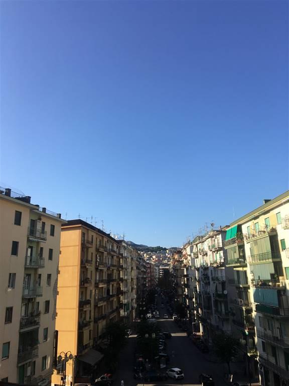 Trilocale in Via Settimio Mobilio, Irno, Salerno