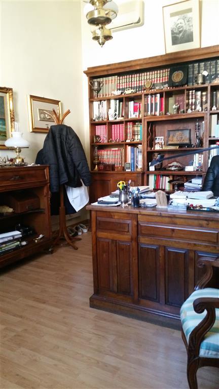 Bifamiliare, C. Storico,porta a Lucca, Pisa, in ottime condizioni