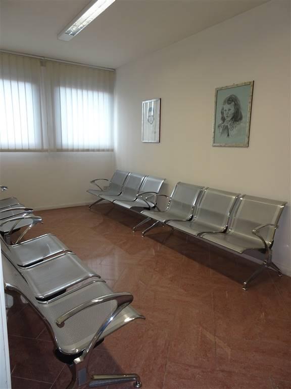 Ufficio, C. Storico,porta a Lucca, Pisa, in ottime condizioni