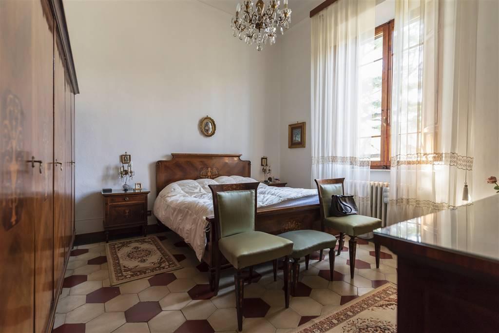 Villa, C. Storico,porta a Lucca, Pisa