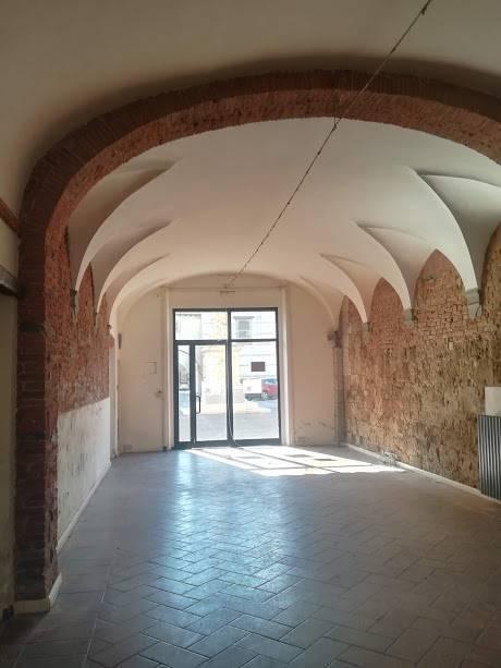Locale commerciale, Quartiere Santa Maria, Pisa, in ottime condizioni
