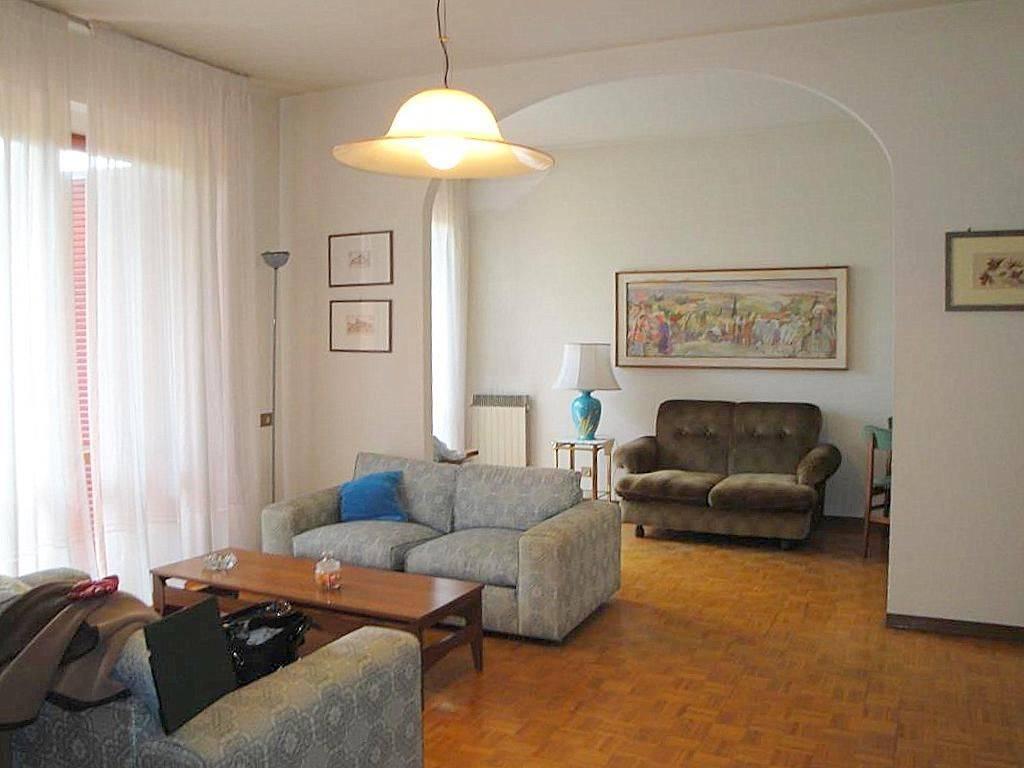 Bifamiliare, Zona Via Landi, Pisa