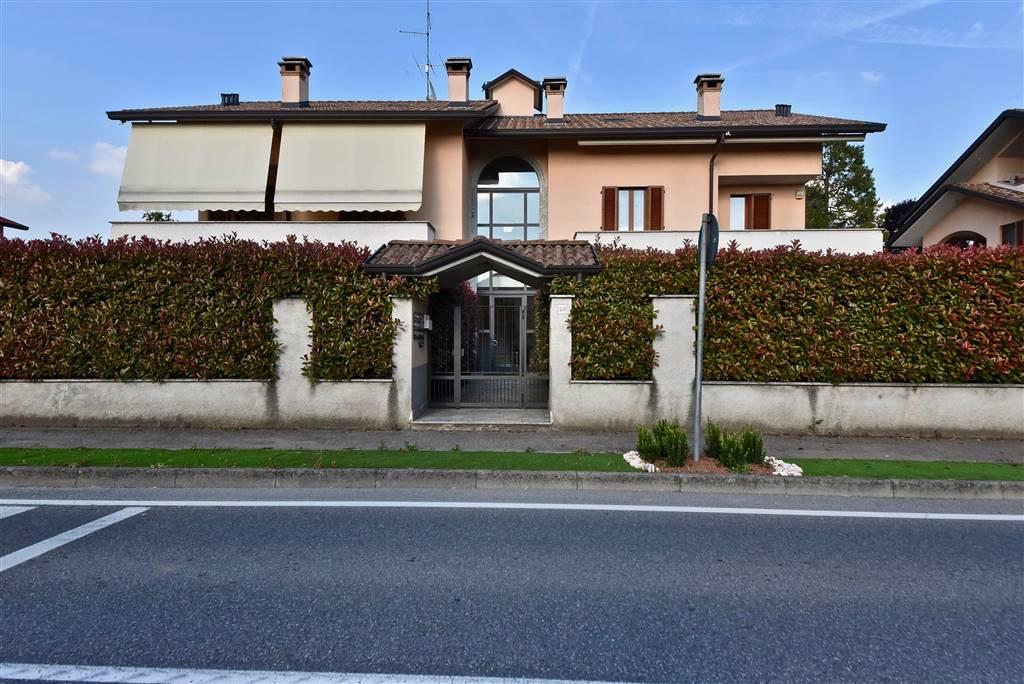 Bilocale in Via San Lorenzo 58, Lazzate