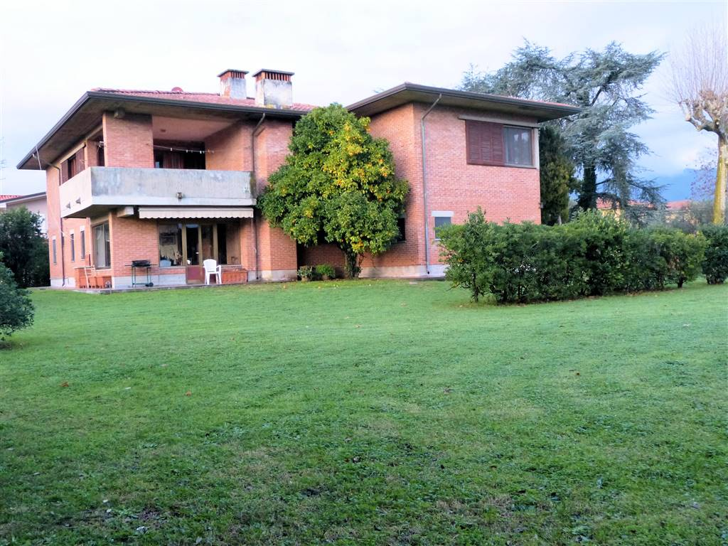 Vendita Villa Marina di Pietrasanta PIETRASANTA (LU)