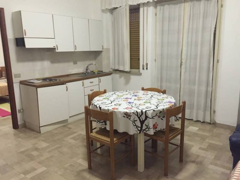 Bilocale, Semicentro, Ancona, abitabile