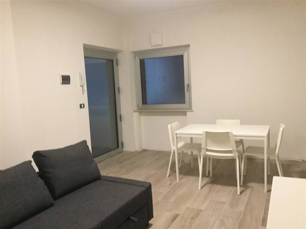 Bilocale, Borgo Rodi, Ancona, seminuovo