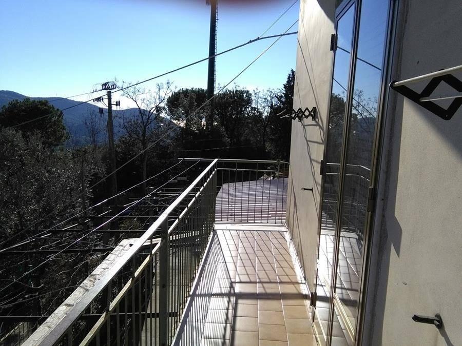 Appartamento in Via Giovi Bottiglieri, Giovi, Salerno