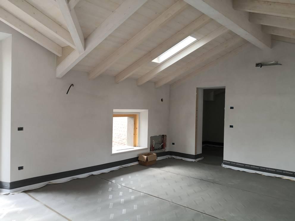 Mansarda, Gambolo', in nuova costruzione