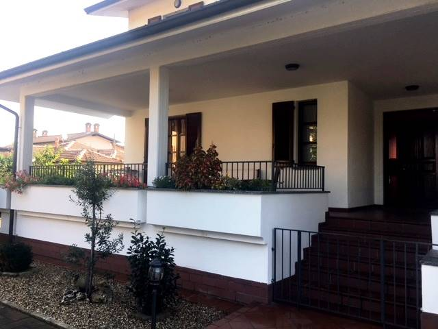 Villa, Garlasco, in ottime condizioni