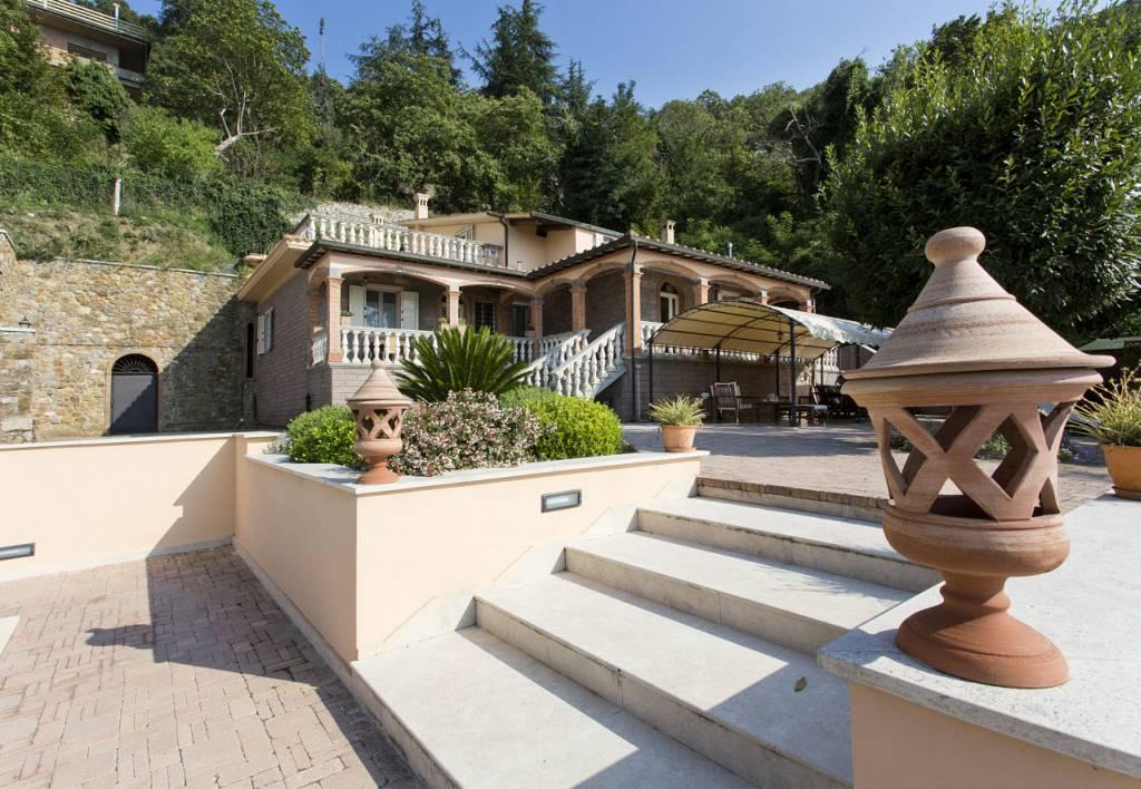 Villa, Gavorrano, in ottime condizioni