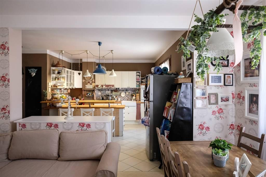 Appartamento, Albiano Magra, Aulla, seminuovo