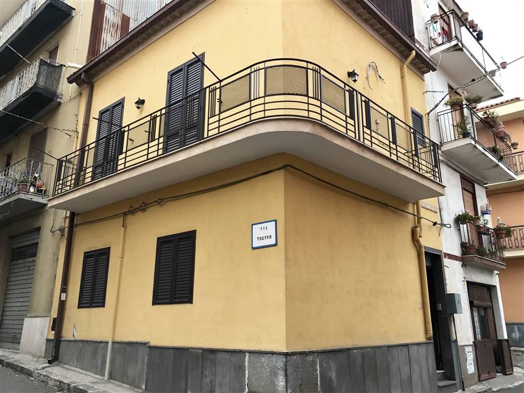 Casa singola in Via Trento 2, Militello In Val Di Catania