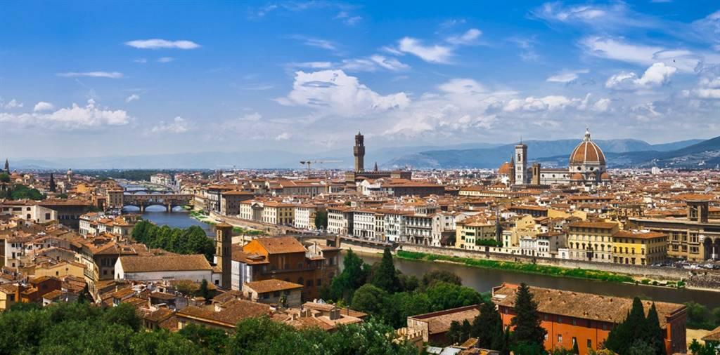 Negozio in Borgo Ognissanti, Firenze