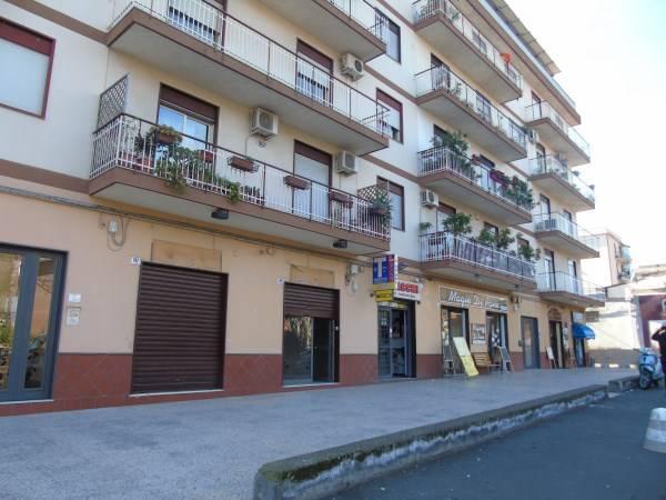 Attività commerciale in Via Pietro Novelli, Catania