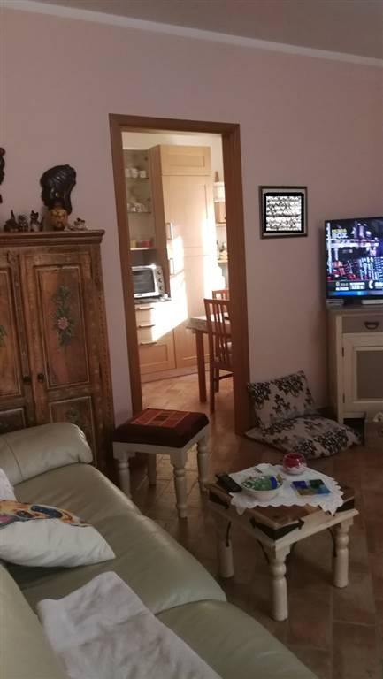 Villa a schiera in Zona Residenziale, Venturina, Campiglia Marittima