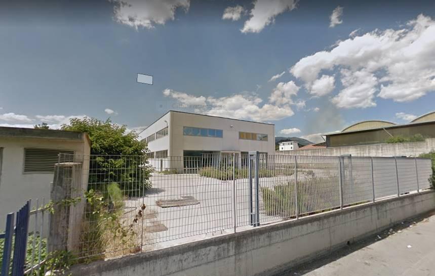 Capannone industriale in Via Aguirre, Fuorni, Salerno