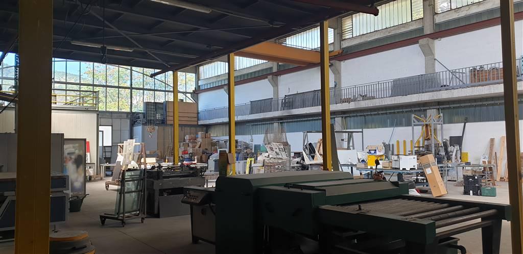 Capannone industriale in Via Dei Greci 150, Fratte, Salerno