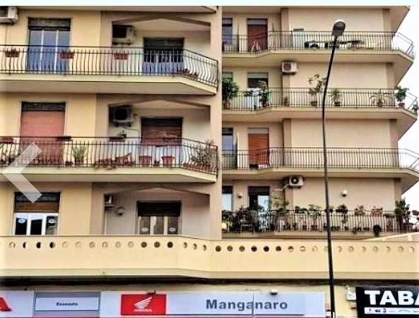 Trilocale in Viale Vittorio Veneto 281, Catania