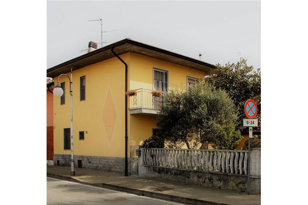 Casa semi indipendente, Villanterio