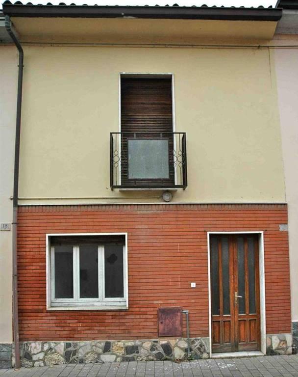 Casa semi indipendente, Lambrinia, Chignolo Po, ristrutturato
