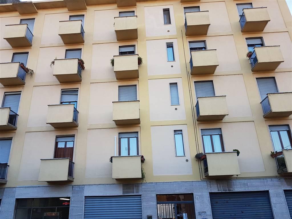Quadrilocale in Via Donizetti  11, Fogliano, Vigevano