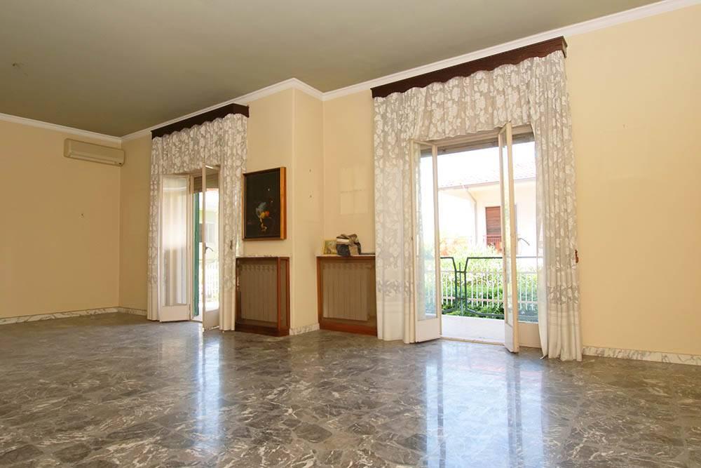 Appartamento, Sant'agata Li Battiati, da ristrutturare