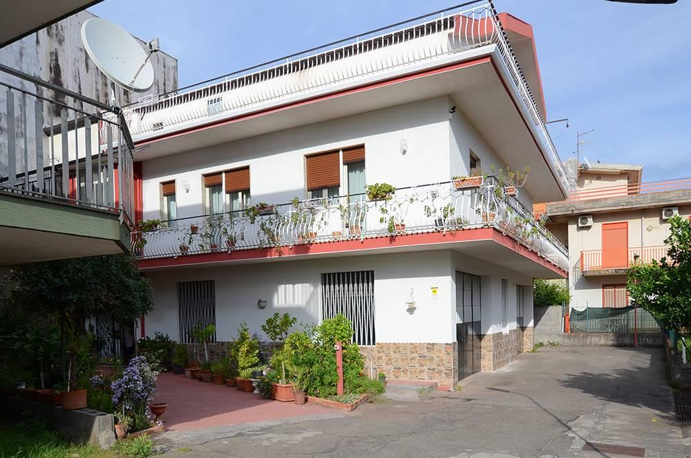 Quadrilocale in Via Della Regione 81, Viagrande