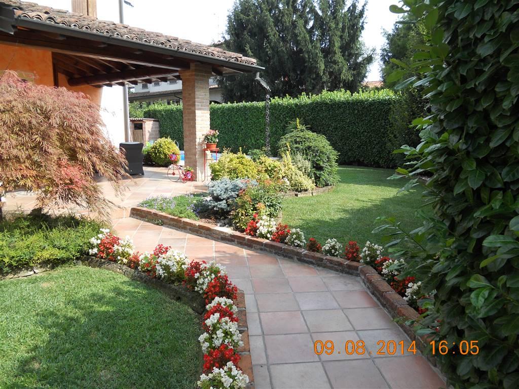 Villa, Crema, in ottime condizioni