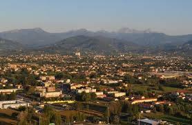 Appartamento in vendita a Capannori, 5 locali, zona ta, prezzo € 170.000 | PortaleAgenzieImmobiliari.it