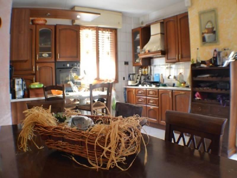 Villa a schiera, Barbarasco, Tresana, in ottime condizioni