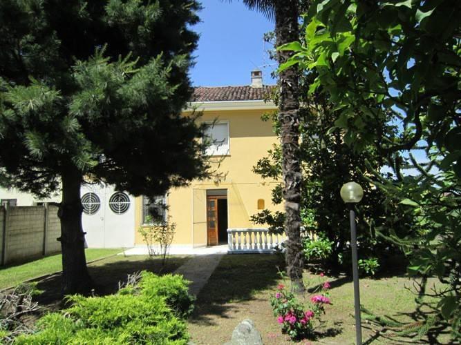 Villa, Motta De' Conti, in ottime condizioni