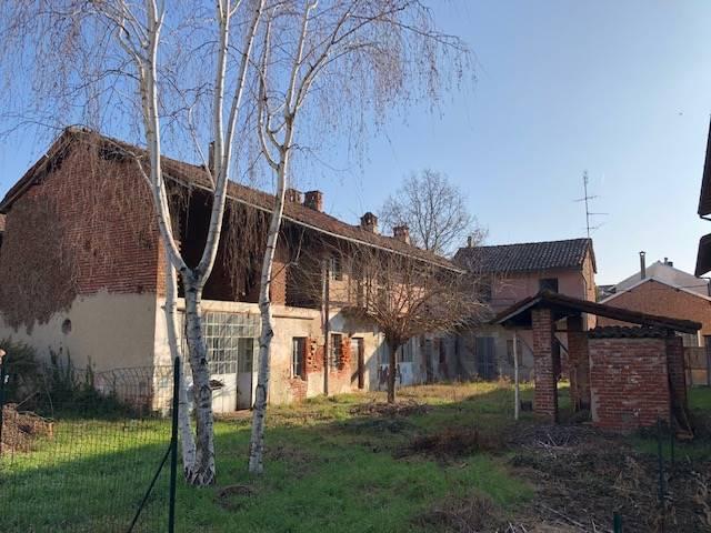 Soluzione Indipendente in vendita a Borgolavezzaro, 5 locali, prezzo € 42.000 | PortaleAgenzieImmobiliari.it