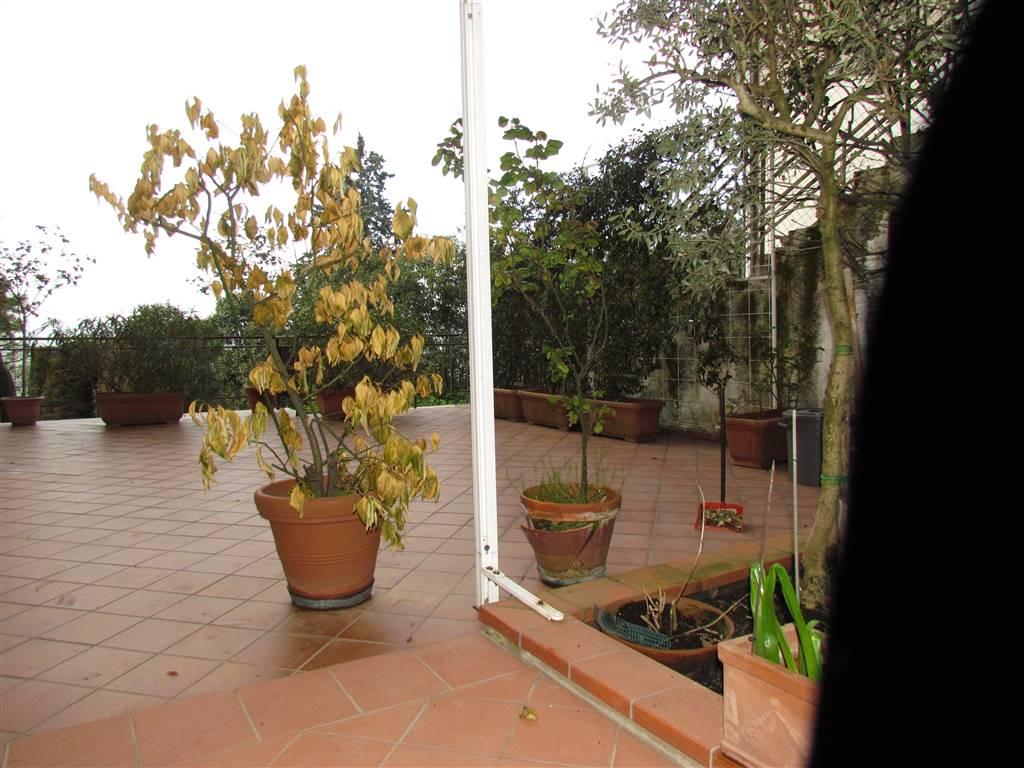 Appartamento in vendita a Osimo, 5 locali, zona Località: OSIMO-CENTRO, prezzo € 255.000 | CambioCasa.it