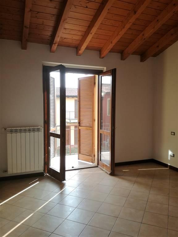 Appartamento in vendita a Casalbuttano ed Uniti, 3 locali, zona Zona: Belvedere, prezzo € 25.000 | CambioCasa.it