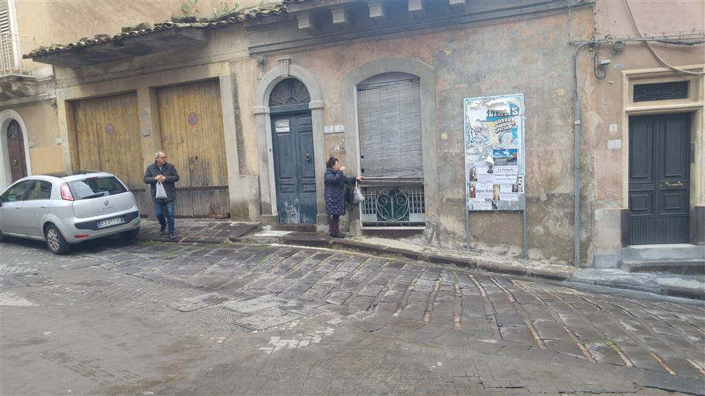 Appartamento indipendente in Piazza Palermo 18, Francofonte