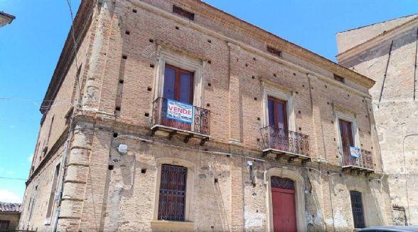 Palazzo, Bisignano