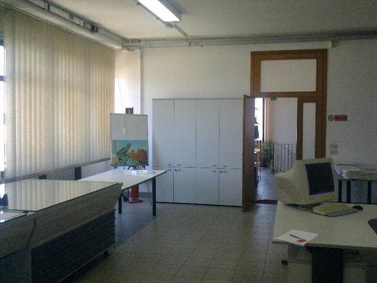 Capannone industriale, Zona Ingegneria, Pisa, in ottime condizioni